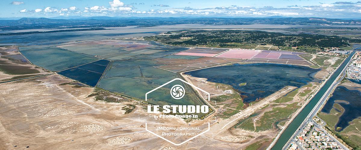 vue aérienne de gruissan , des salins et des étangs